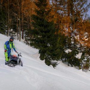 nauka-jazdy-na-skuterach-snieznych-szkolenia-zdj-01