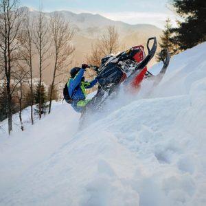 nauka-jazdy-na-skuterach-snieznych-szkolenia-zdj-03
