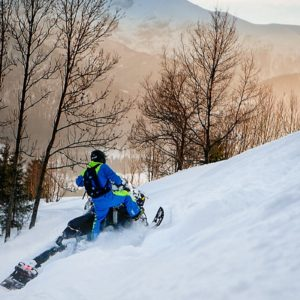 nauka-jazdy-na-skuterach-snieznych-szkolenia-zdj-05