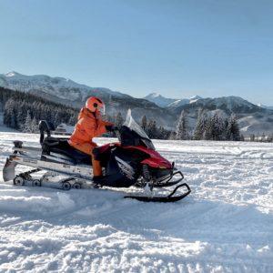 nauka-jazdy-na-skuterach-snieznych-szkolenia-zdj-07