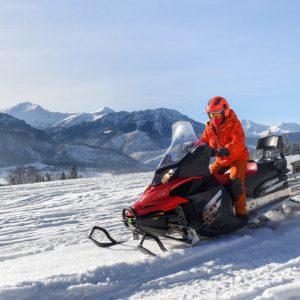 nauka-jazdy-na-skuterach-snieznych-szkolenia-zdj-12