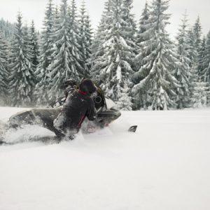 nauka-jazdy-na-skuterach-snieznych-szkolenia-zdj-18