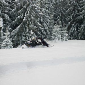 nauka-jazdy-na-skuterach-snieznych-szkolenia-zdj-19
