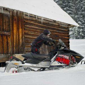 nauka-jazdy-na-skuterach-snieznych-szkolenia-zdj-22