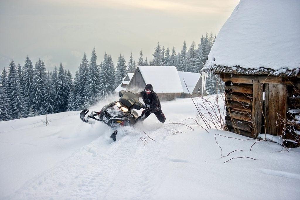 nauka-jazdy-na-skuterach-snieznych-szkolenia-zdj-26