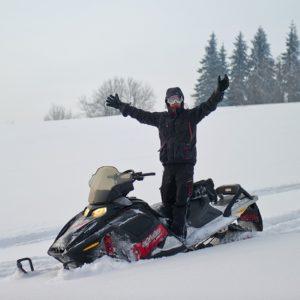 nauka-jazdy-na-skuterach-snieznych-szkolenia-zdj-27