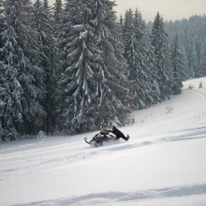 nauka-jazdy-na-skuterach-snieznych-szkolenia-zdj-28