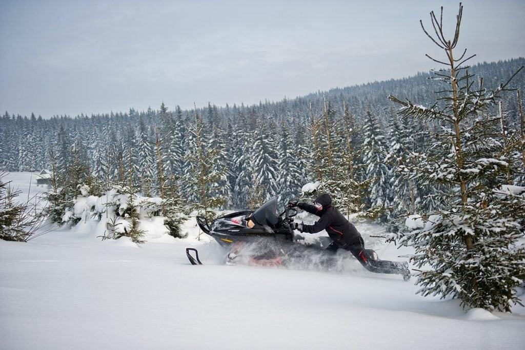 nauka-jazdy-na-skuterach-snieznych-szkolenia-zdj-29