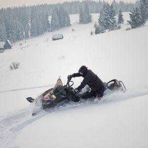 nauka-jazdy-na-skuterach-snieznych-szkolenia-zdj-30