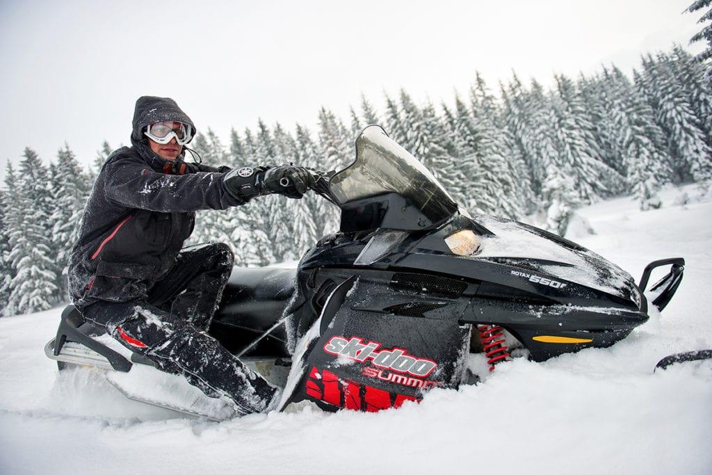 nauka-jazdy-na-skuterach-snieznych-szkolenia-zdj-32