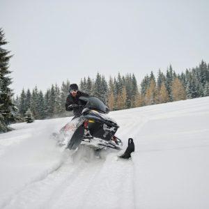 nauka-jazdy-na-skuterach-snieznych-szkolenia-zdj-33