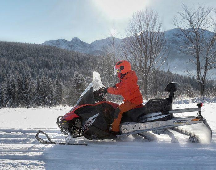 nauka-jazdy-na-skuterach-snieznych-szkolenia-zdj-14