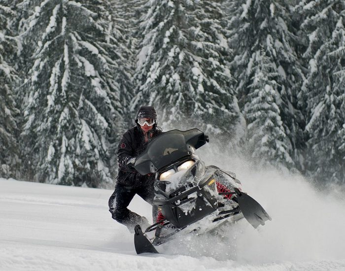 nauka-jazdy-na-skuterach-snieznych-szkolenia-zdj-23